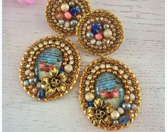 Statement earrings- flower- gold- vintage