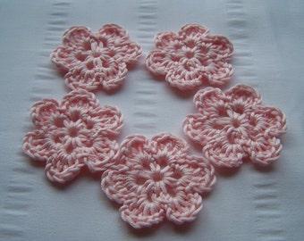 Flower crochet motif 1.5 inch cotton set of 5 light pink small flowers