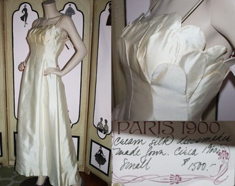 1960's Cream Silk Gown Dress with Petal Bust. XS to Small.