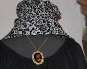 Civil War Colonial Prairie Pioneer Matching Bonnet And Apron black and white print