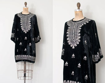 vintage 1960s dress / black velvet embroidered 60s dress / Pakistani Embroidery