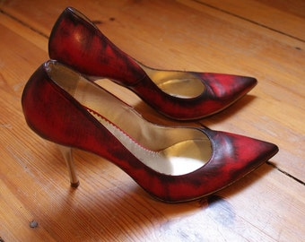 stained pumps