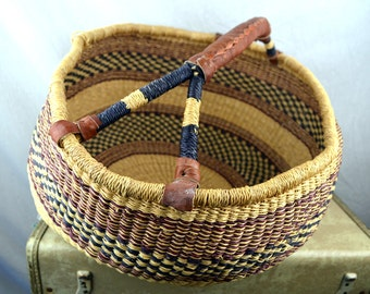 Vintage Large Woven Market Bag Basket Bolga African Handbag with Leather Handles