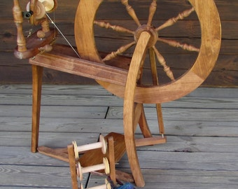 Spinning Wheel Traditional - single treadle Previously Owned