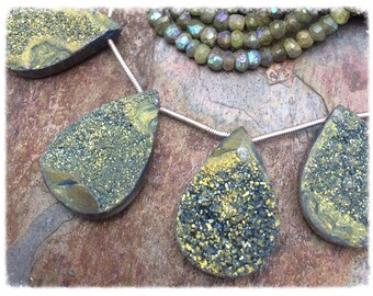 Hand Cut Glittering Olive AB Titanium Druzy Semi-Precious Quartz Crystal Gemstones  1PC