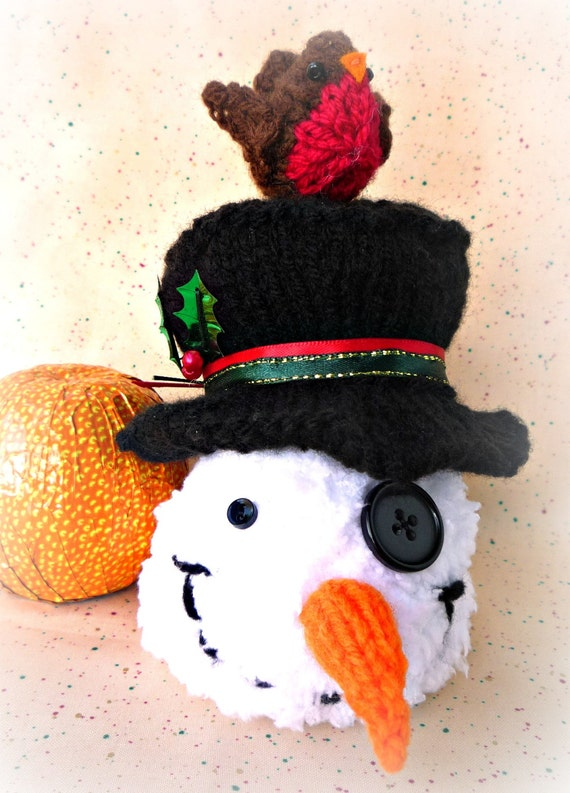 Knitting Pattern For Christmas Pudding To Cover Chocolate Orange : KNITTING PATTERN Robin & Snowman chocolate orange cover