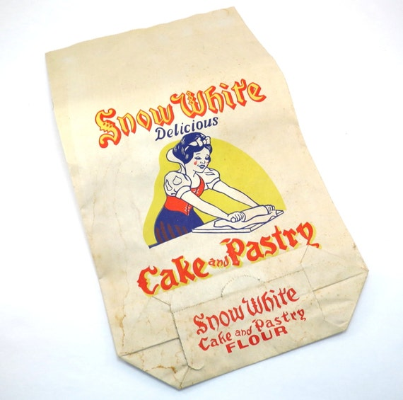 Cake Decorating Corn Flour Bag : Snow White Cake and Pastry Flour Bag Vintage 1940s 1950s Walt