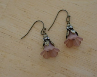 Vintage Style Antique Brass Brown Lucite Flower Earrings