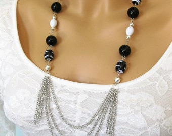 Long Black Necklace, Black Beaded Necklace, Long Beaded Necklace, Black and White Necklace, Beaded, Multistrand Necklace, N-824