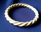 Vintage Costume Jewelry - Twisted Off White / Ivory / Cream Bakelite Bangle Bracelet