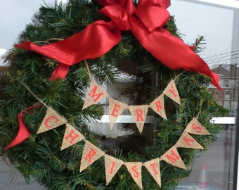 Christmas Banner, Natural Burlap, Merry Christmas, L043 _ small rustic Christmas wreath bunting