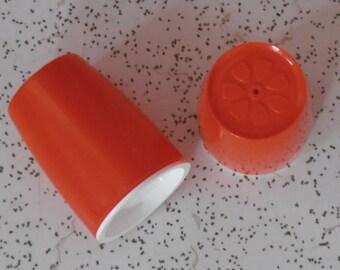 vintage plastic salt and pepper shakers