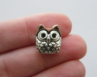 8 Owl spacer beads 14 x 13mm antique silver and antique copper tone O72