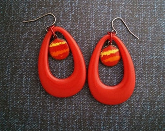 Red/orange teardrop drop earrings