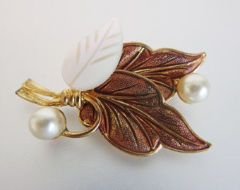 Pretty Vintage Brass & Mother of Pearl Brooch Germany
