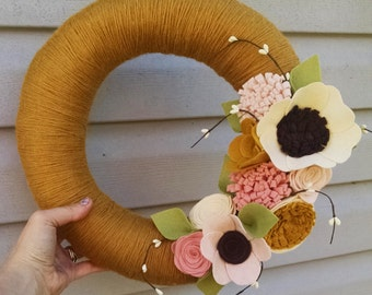 Spring wreath, yarn wreath, wildflower wreath, yarn wrapped wreath, wool felt flower wreath, home decor, year round wreath, wedding decor