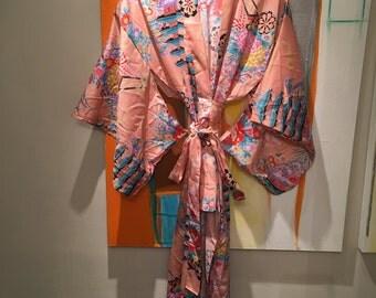 Vintage Japanese Pink Wrap Kimono Robe • Bohemian Robe • Boho Chic • Bath Robe • Hippie Chic