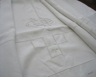 Sublime large French pure linen sheet with beautiful decoration.  Fabulous curtain, lovely fabric