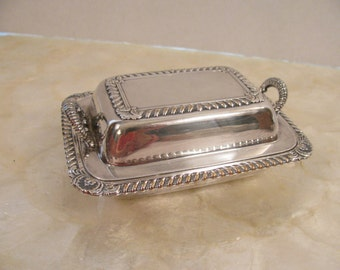 Vintage / Antique Rogers Bros. Silver Plate Covered Butter Dish - 864 - Half Stick Size - Tea Time - Ring  Box - Trinket Box - Gift -