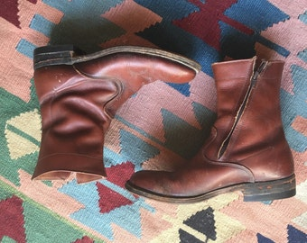 Size 7 Boots / Alden Moto Boots / Brown / Mens size 5 boots / Womens Size 7 Boots / Stompin Boots / Cropped Cowboy Boots / 1970's Boots