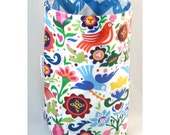 Wastebasket car trash can collapsible anywhere crafting thread catcher laminated cotton waterproof WASTIE La Paloma brights/medium blue chev