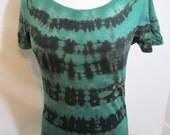 Size Large Green and Purple Shibori Scoop Neck T-shirt