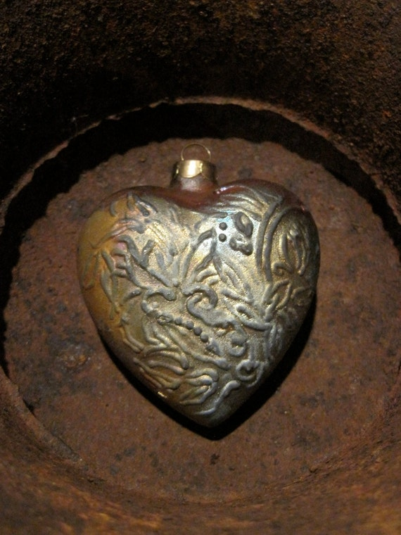 Metal heart ornament vintage patina christmas