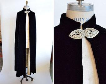 Vintage 1930s silk velvet OPERA cape