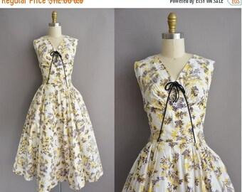 25% off SHOP SALE... 50s yellow cotton floral print vintage dress / vintage 1950s dress