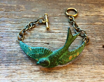 Handmade large bird swallow sparrow bracelet // made in USA // verdigris patina pendant and chain bracelet // boho hippie gypsy festival