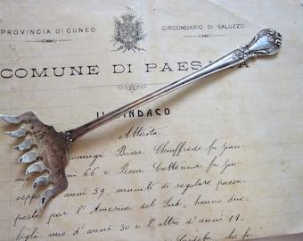 vintage sterling silver sardine fork -Weidlich ANCESTRY pattern - sterling bacon fork