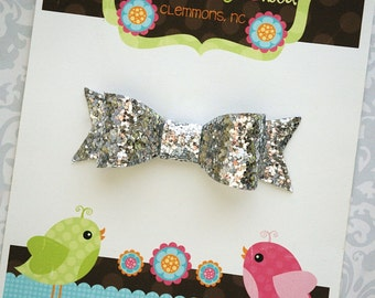 Silver Glitter Bow, Silver Baby Bow, Silver Bow, Silver Toddler Bow, Silver Hair Bow, Toddler Hair Bow, Toddler Hair Clips, Girls Hair Bow