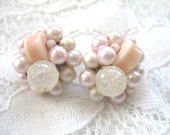 Vintage Cluster Earrings ~ Clip On ~  Pale Pink & White Pearl Beads