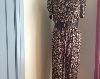 SALE Vintage late 70's floral, rayon jumpsuit. Small.