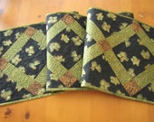 Patchwork Table Runner, Quilted Table Runner, Pine Cones Table Runner, Quilted Tablerunner, Handmade Table Runner, Pieced Table Runner,