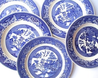 Vintage Blue Willow Homer Laughlin Royal Luncheon Dinner Plates Set of Five