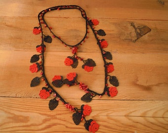 red rose necklace, crochet lariat oya