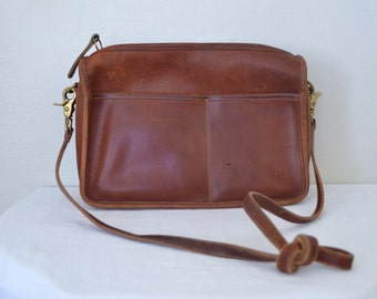1980s brown leather coach handbag // whiskey designer purse