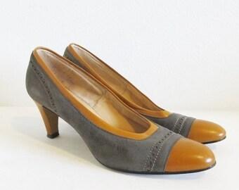 40% OFF SALE Vintage 1970's Suede Leather Pumps / Ladies Size 8 Tone Brown Heels