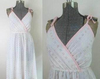White Pastel Eyelet Sundress 1970s Summer Fashion Day Dress