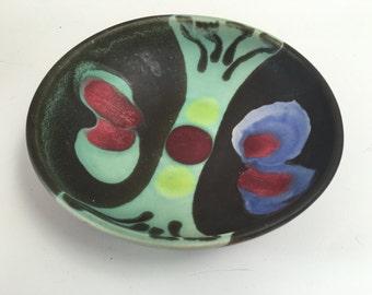 Stunning Studio Ceramic Round Tray Lagger