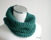 Chunky scarf, Chunky Cowl Scarf, Chunky Knit Snood, Womens Cowl Snood, Women's Chunky Cowl Scarf in emerald green