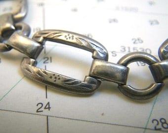 """Wells Sterling Silver Bracelet Etched Links 7 3/8"""""""