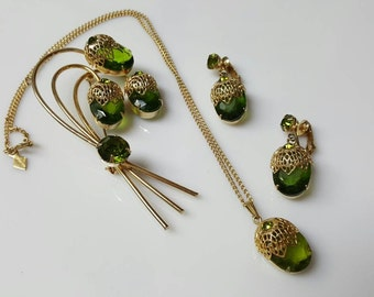 Sarah Coventry Touch of Elegance Brooch  Earrings and Necklace 1970