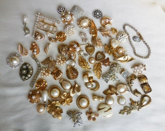 DESTASH Lot Vintage Gold faux PEARL and RHINESTONE Earrings for Crafts Bridal Bouquets Assemblage