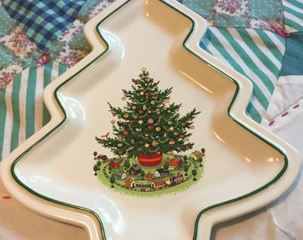 Vintage Pfaltzgraff Christmas Tree Cookie or Candy Plate Made in The USA #3794