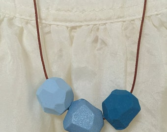 Blue geometic necklace