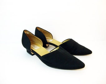 Size 10 Black Low Heel Flats Pointed Pointy 90s Minimal Elegant Effortless Chic Style Shoes