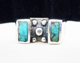Turquoise & Sterling Silver Band Ring - Mid Century Modern - Southwestern Flair - Silversmith Artisan Sand Cast - Vintage 1950s 1960s 1970s