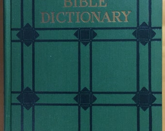 BIBLE DICTIONARY 1925 Book Peloubets Dictionary religious words 500 illustrations maps, words religion reference vintage Winston company